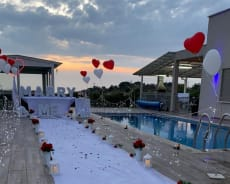 הצעת נישואין מקורית ומיוחדת מול נוף פסטורלי - אחוזת נוביו